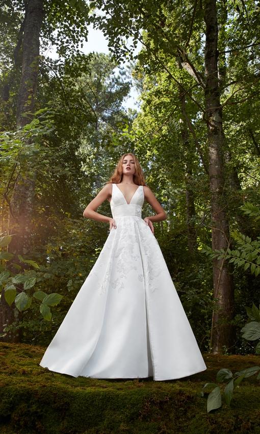 Anne Barge V-neck Jacquard aline gown